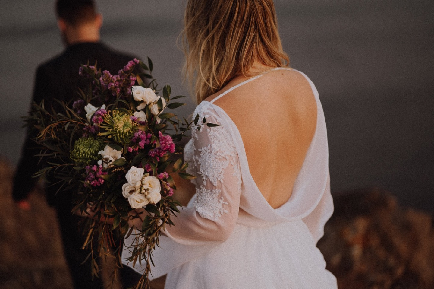 elopement wedding in santorini